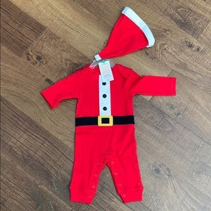 NWT Santa baby outfit 3 months unisex